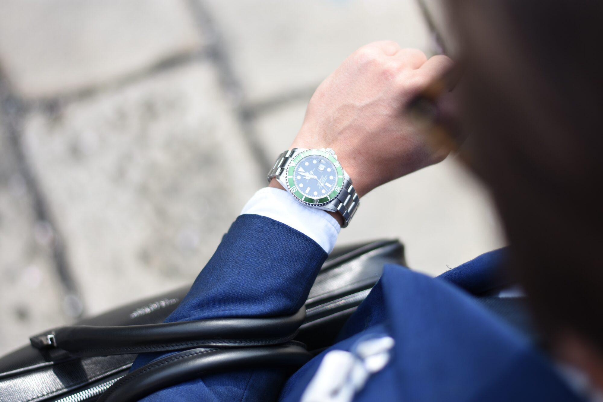 Få dit ur op at køre med et urbatteri